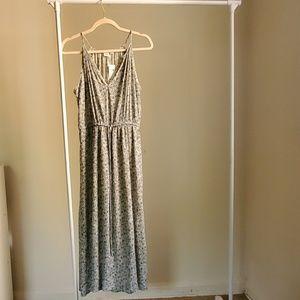 Crinkle Halter Midi Dress